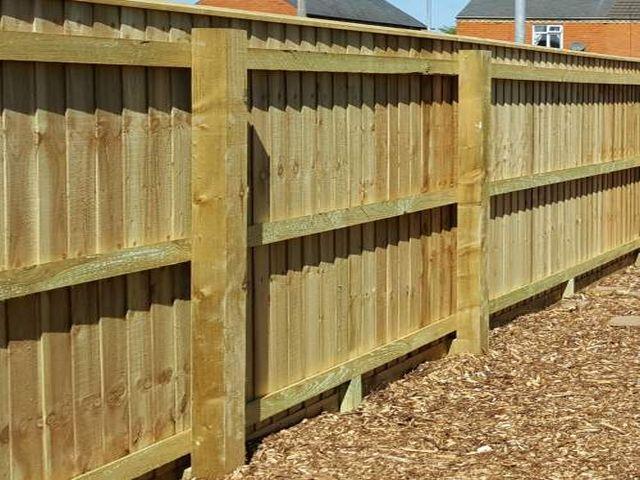 Barnton Fencing closeboard completed