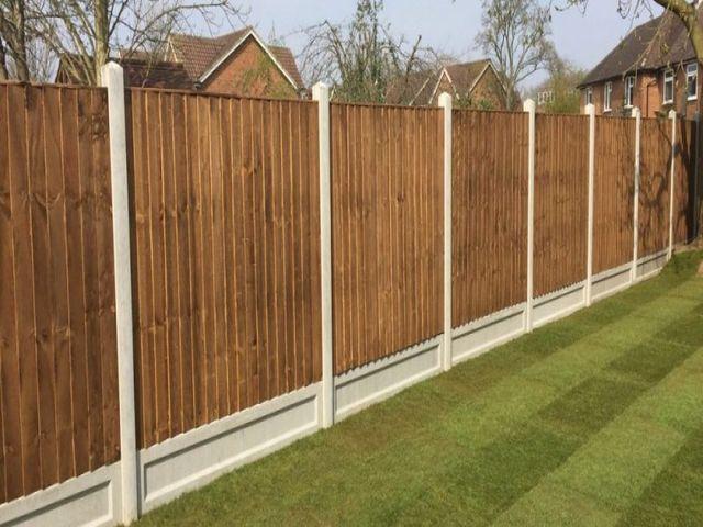 Barnton Fencing vertical fencing panels installed